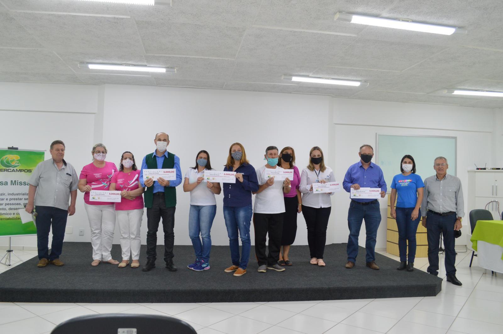 50 ANOS COPERCAMPOS - DOAÇÃO E PANETONES DO BEM